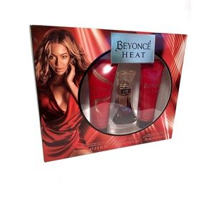 Other - NIB Beyoncé Gift Box